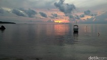 Foto: Sunrise Teduh dan Menenangkan di Karimunjawa