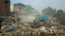 Alat Berat Hancurkan Ratusan Bangunan di Bukit Duri