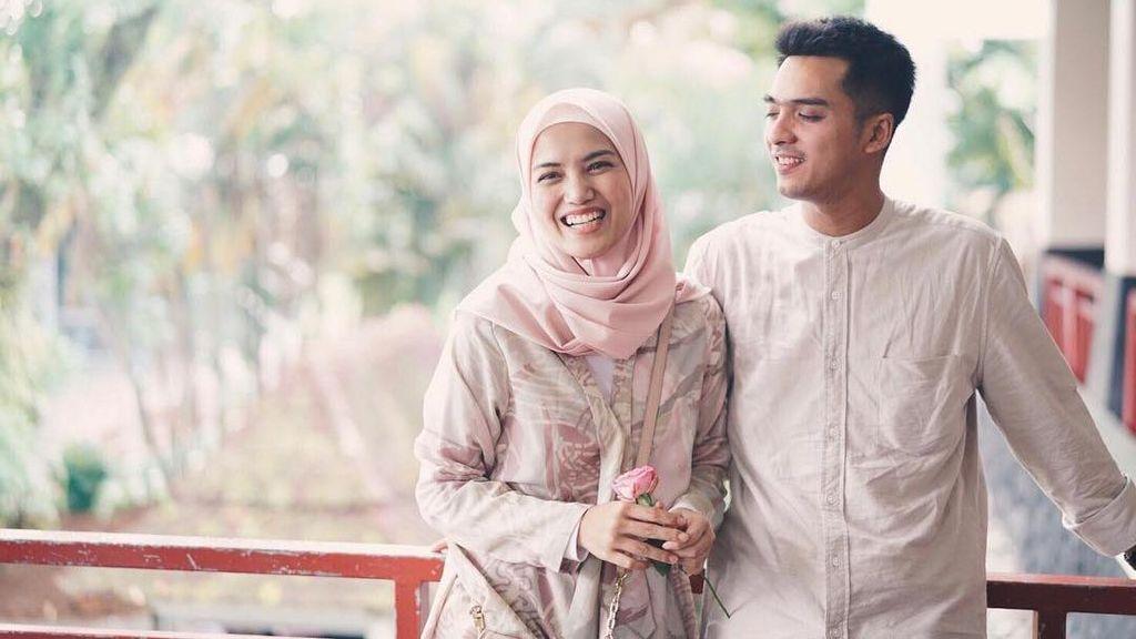 Ini yang Bikin Istri Ricky Harun Mantap untuk Hijrah