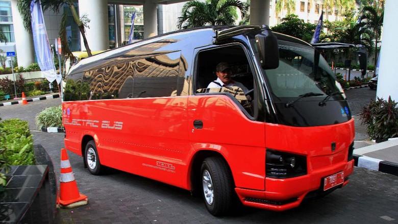 RI Mau Impor Mobil Listrik Dulu, Kemudian Kembangkan Sendiri