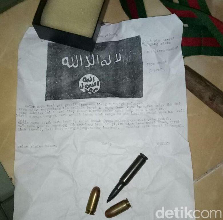Surat Berlogo ISIS dan Peluru Ditemukan di Klinik Aceh