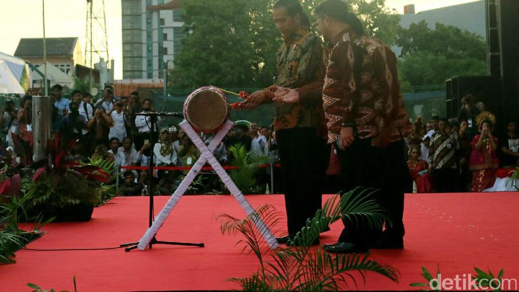 Jokowi: Koperasi Sumbang 3,9% Pertumbuhan Nasional