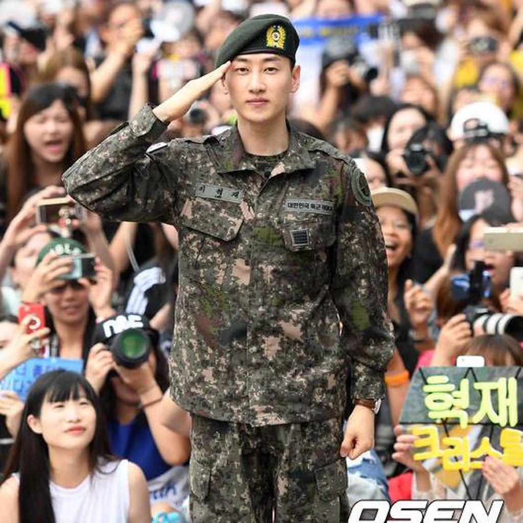 Selesai Wamil, Eunhyuk Super Junior Menangis