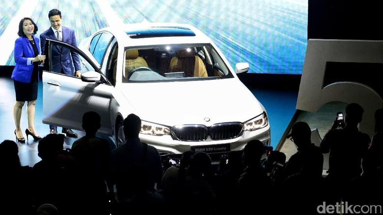 BMW Seri 5 Cocok untuk Mobil Pejabat?