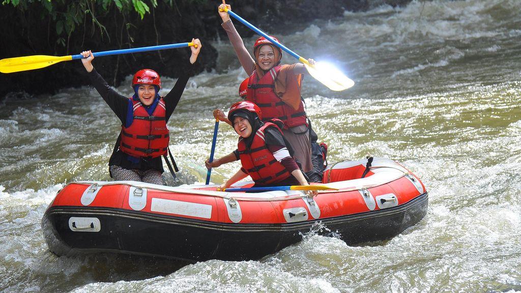 Enam Belas Jeram Terlewati di Sungai Citarik