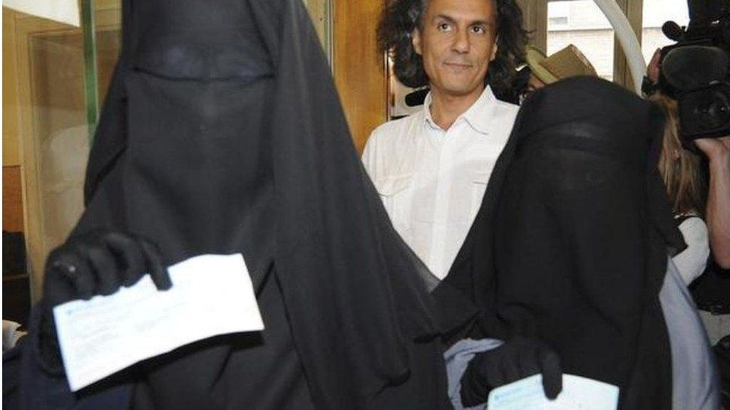 Gugat Larangan Niqab, 2 Perempuan Muslim Kalah di Pengadilan Eropa