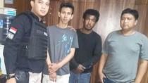 Polisi Gerebek Pesta Sabu di Plumpang, 2 Pria Diamankan
