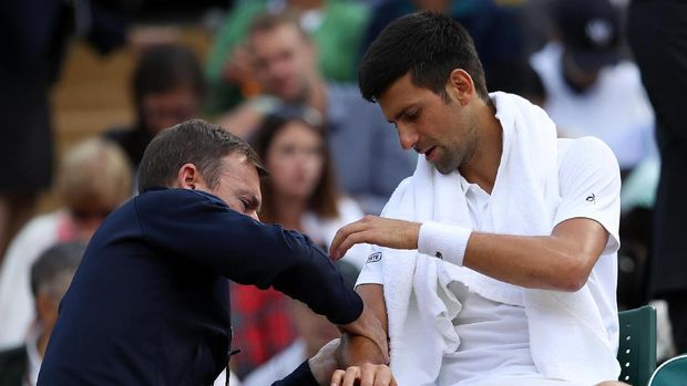 Djokovic Cedera, Berdych ke Semifinal