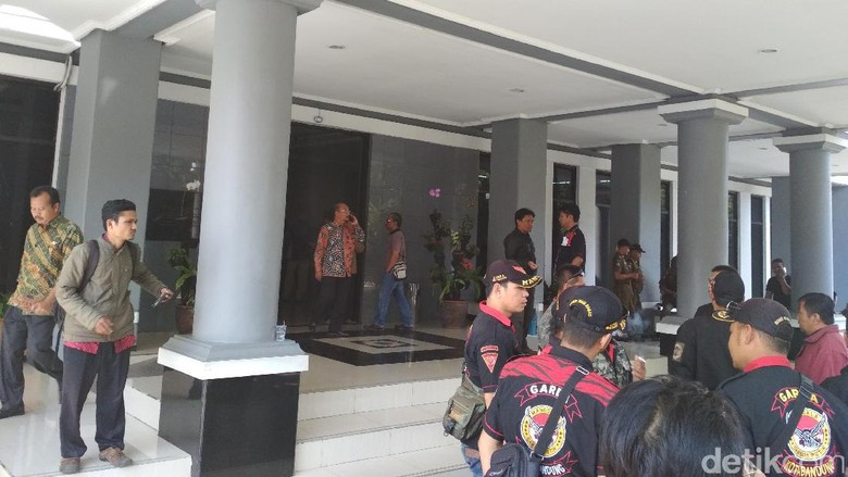 Kisruh PPDB 2017, Gabungan Ormas Geruduk Kantor Disdik Jabar