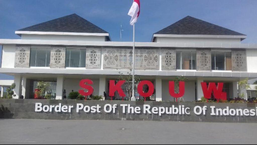Cantiknya Tapal Batas Indonesia di Skouw
