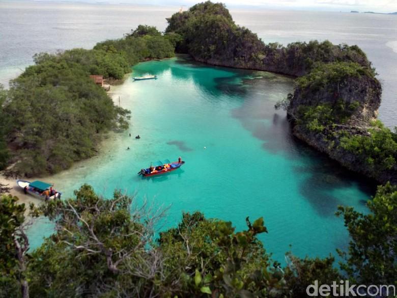 Deretan Foto-foto Pantai Cantik di Indonesia