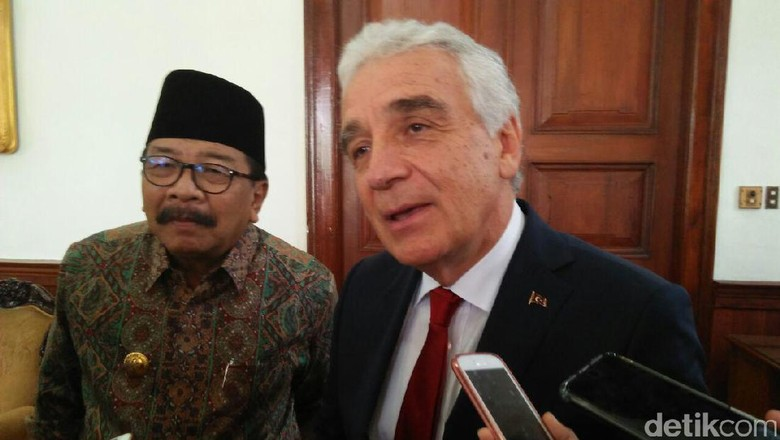 RI Tawari Turki Investasi Panas Bumi di Jawa Timur