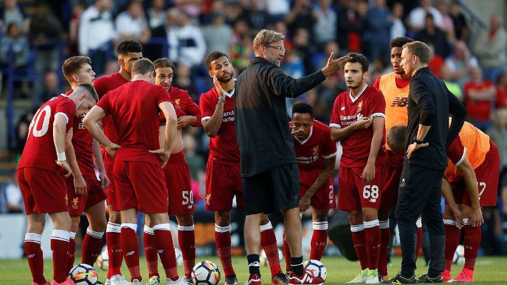 Neville Bersaudara Beri Saran untuk Liverpool di Bursa Transfer