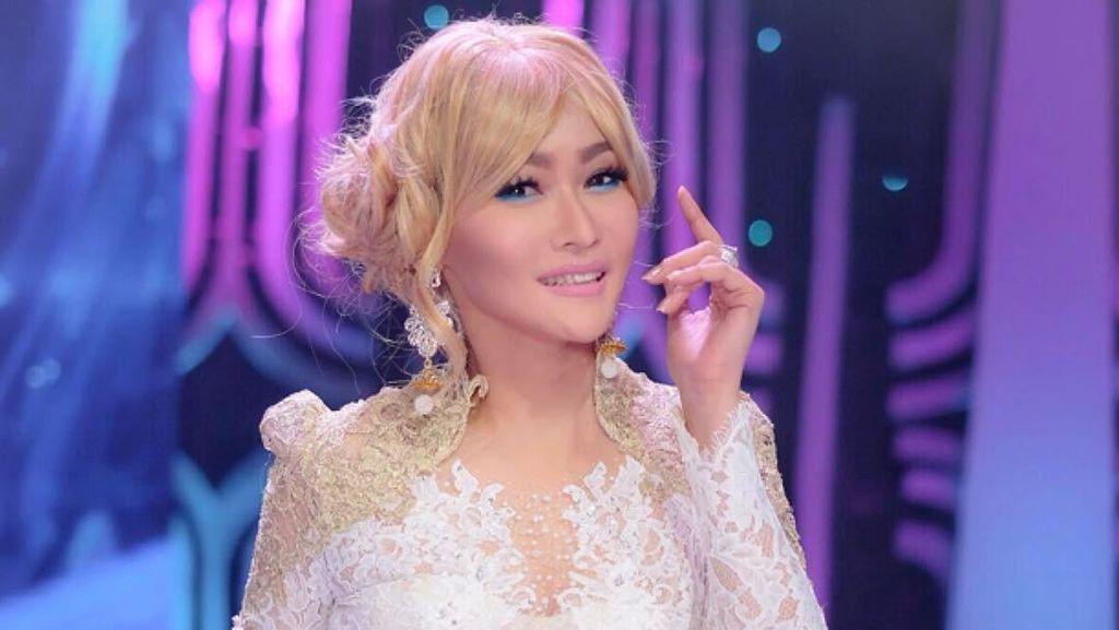 Inul Daratista Makin Tirus, Netizen: Kayak Barbie