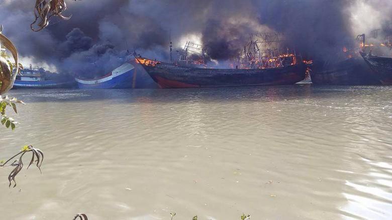 Belasan Kapal yang Terbakar di Pati Adalah Kapal Cantrang