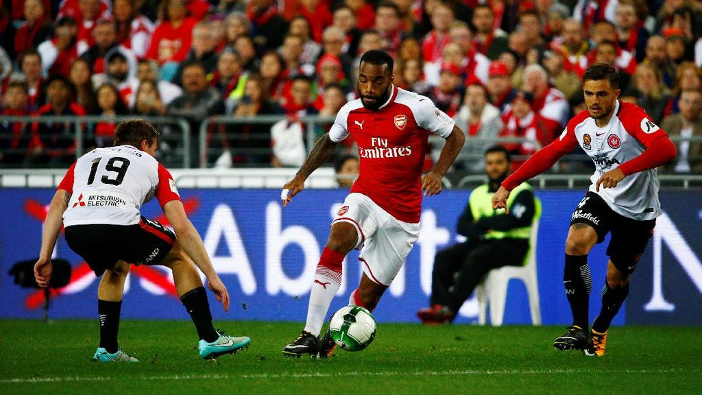 Arsenal Kalahkan Western Sydney Wanderers 3-1
