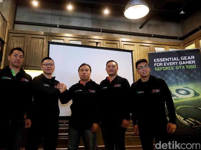 NVIDIA menjalin kerja sama dengan TNC, salah satu tim Dota 2 profesional dunia untuk membawa cyber cafe atau game center standar internasional ke Indonesia. Foto: Rengga Sancaya