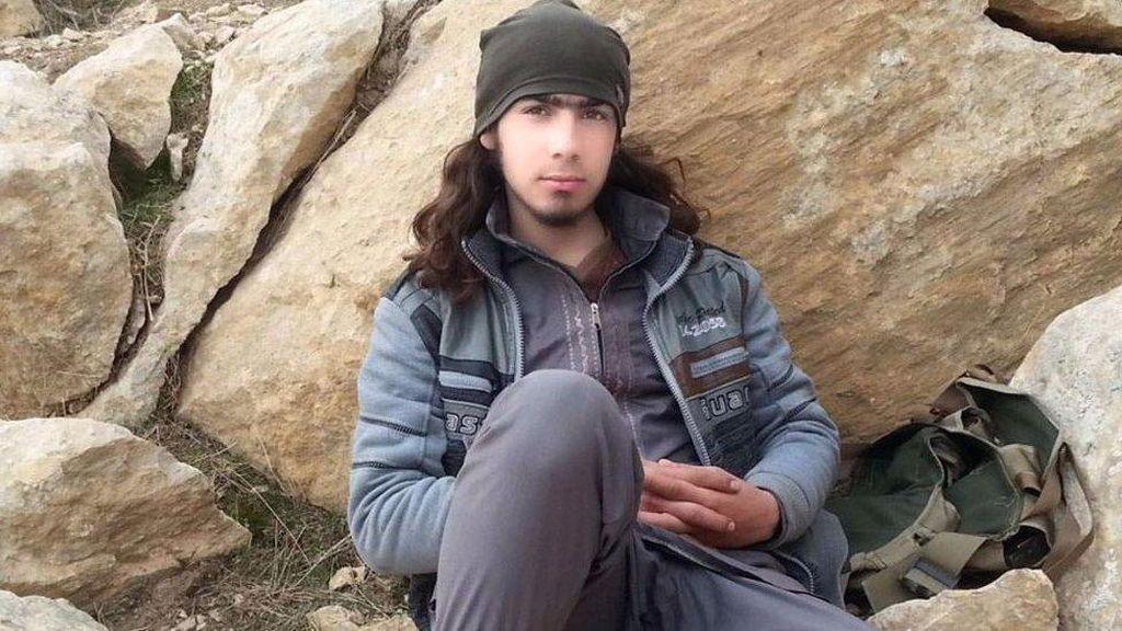 Kisah Kehidupan Rahasia Petempur Muda ISIS