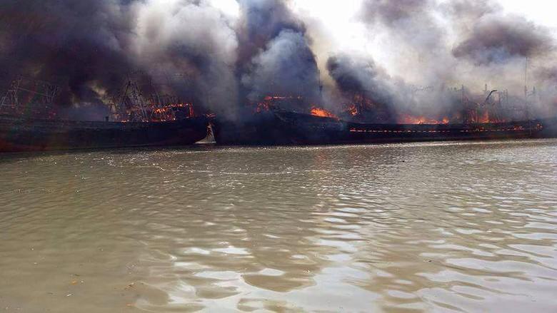 14 Kapal Terbakar di Pati, 3 Orang Luka Bakar