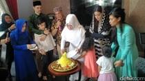Ultah Jupe di Makam, Putri Ely Sugigi Ngamuk di Instagram