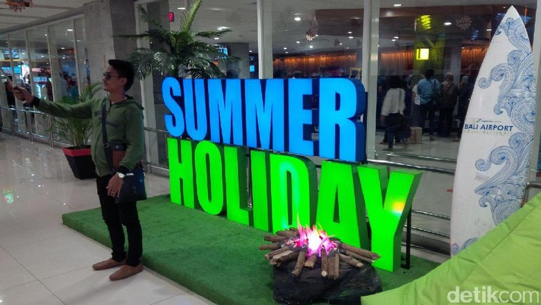 Suasana Summer Holiday di Bandara Ngurah Rai, Denpasar (David/detikTravel)