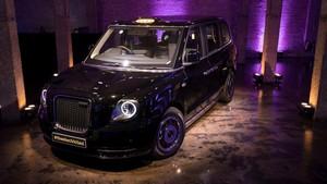 Kecenya, Taksi Listrik Hitam di London