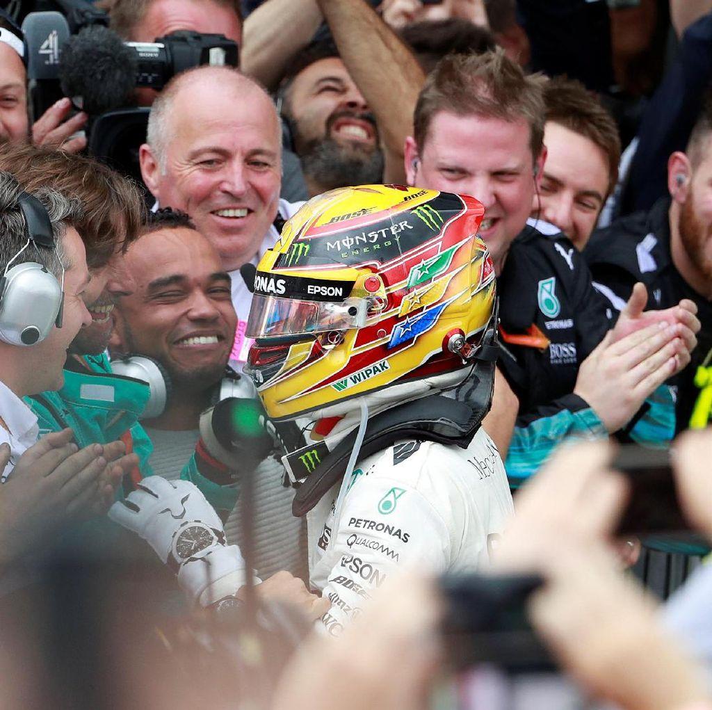 Penegasan Dominasi Hamilton, Duka untuk Vettel
