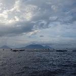 Keseruan Tim 7 Wonders Mancing Cakalang di Laut Maluku Utara