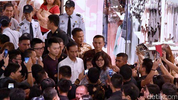 Jokowi Ngemal di GI, Mahasiswa Berkebutuhan Khsusus Di-bully