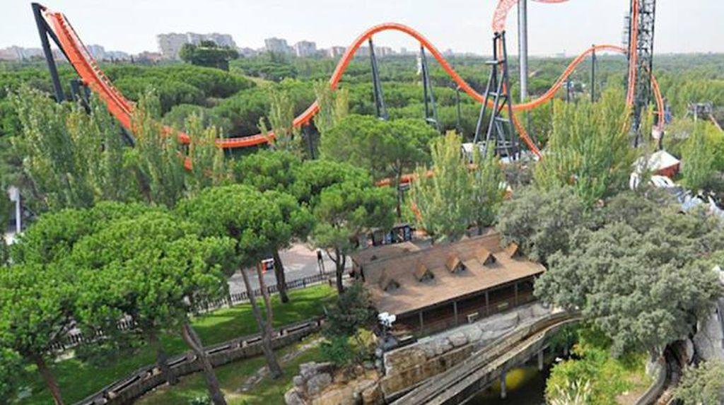 Tabrakan di Wahana Rollercoaster Spanyol, 33 Orang Luka-luka