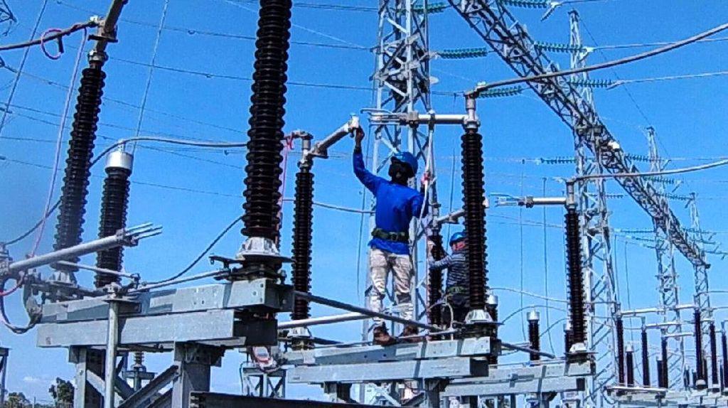 PLN Bangun Kabel Listrik Bawah Tanah Rp 300 Miliar ke Madura