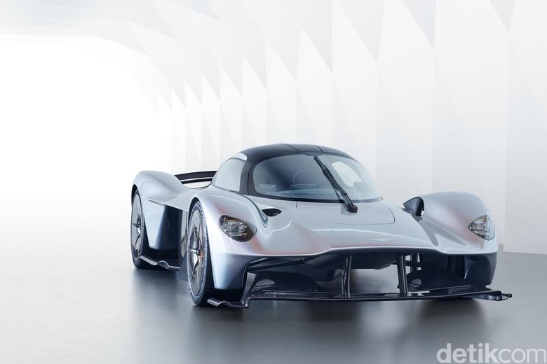 Begini Tampang Hypercar Aston Martin Valkyrie