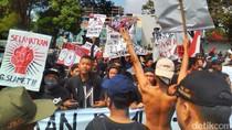 Ratusan Warga Banyumas Aksi Tolak PLTPB Gunung Slamet
