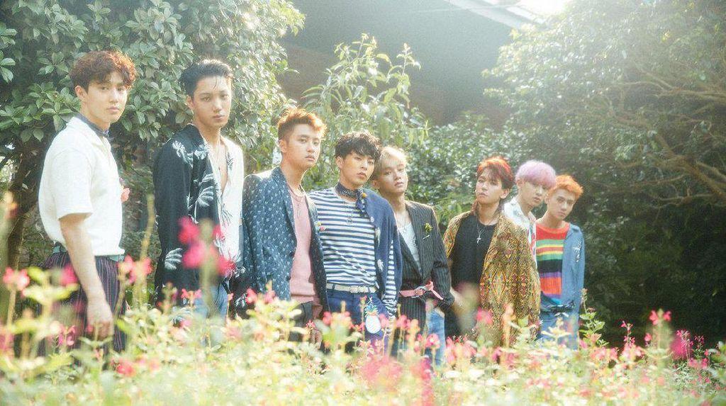 EXO Pecahkan Rekor Billboard dengan The War