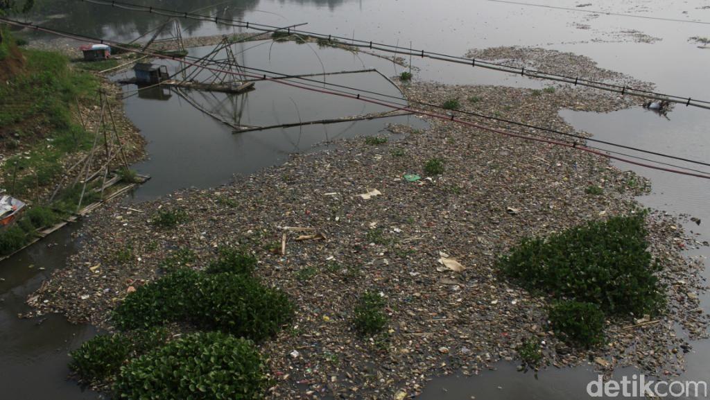Belum Menghilangkan, Citarum Bestari Baru Berhasil Kurangi Sampah Plastik