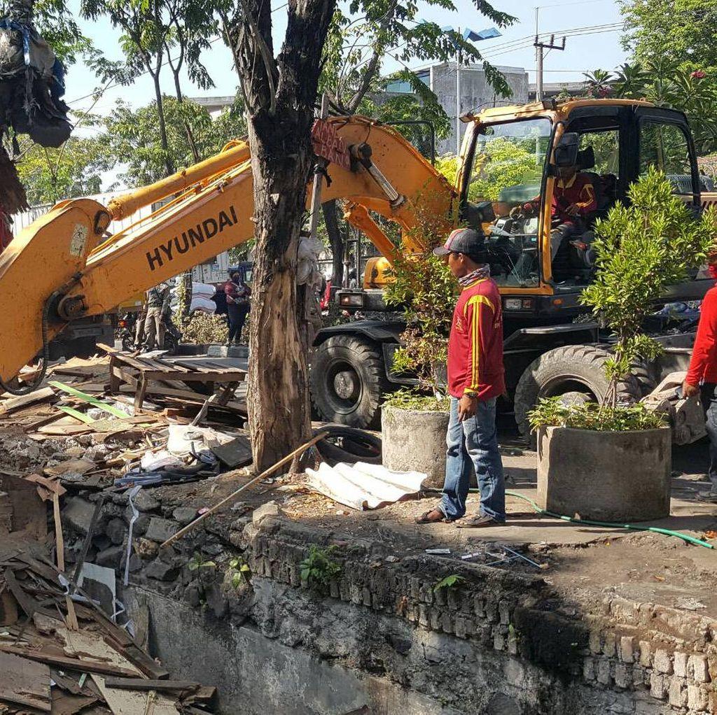 3 Hari Normalisasi Jalan Dupak, 545 Kubik Lumpur Berhasil Diangkat