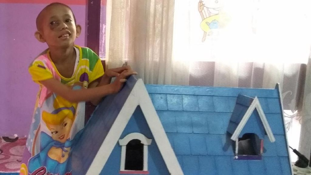 Keceriaan Dilla, Pengidap Kanker Anak yang Bercita-cita Jadi Dokter