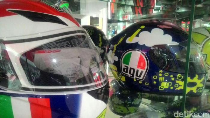Ini Cara Membedakan Helm AGV Asli atau Palsu