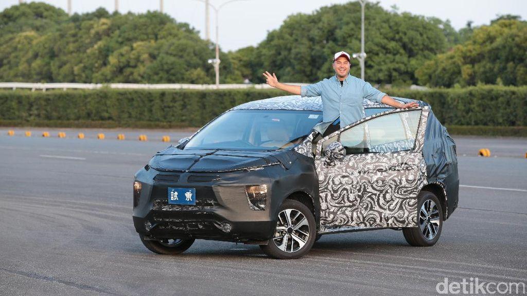 1 Kata Rifat Sungkar untuk Mitsubishi Small MPV: Sensasional!