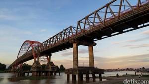 Megahnya Jembatan Kahayan Sang Ikon Palangka Raya