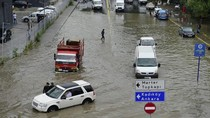 Hujan Deras Picu Banjir di Istanbul, Selat Bosphorus Sempat Ditutup