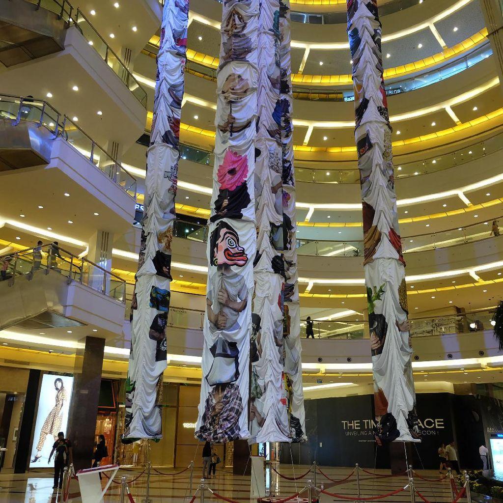 Instalasi Raksasa Indieguerillas Hiasi Pacific Place Jakarta