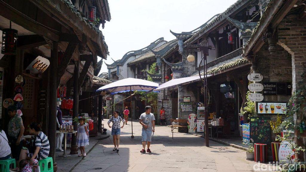 Ini Kota Tua Huanglongxi yang Ada Sejak Abad Ke-2