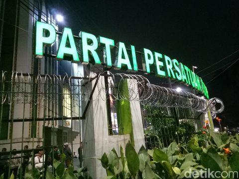 Kantor DPP PPP disegel kawat berduri, Rabu (19/7/2017)