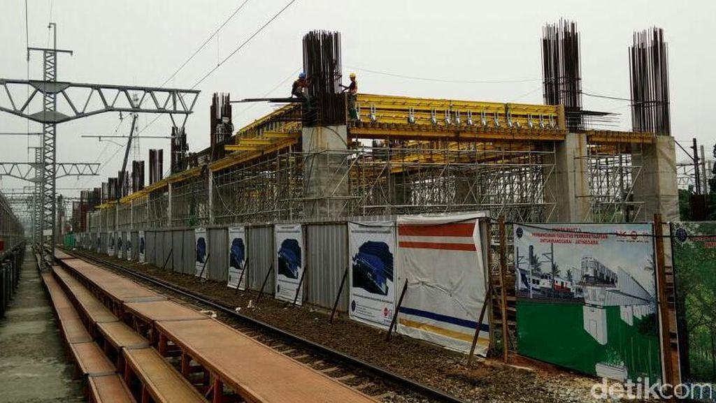 Proyek Stasiun Kereta Bandara di Manggarai Terus Dikebut