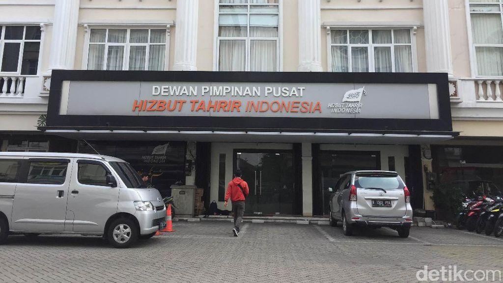 HTI Dibubarkan, Aktivitas di Kantor DPP Masih Normal
