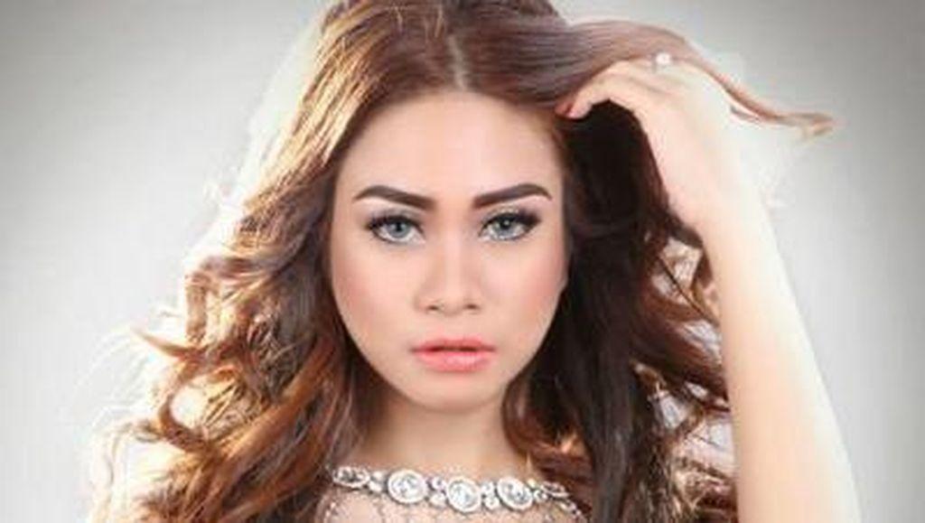 Erlyn Suzan, Pedangdut Seksi yang Juga Diamankan Polisi di TKP Pretty Asmara