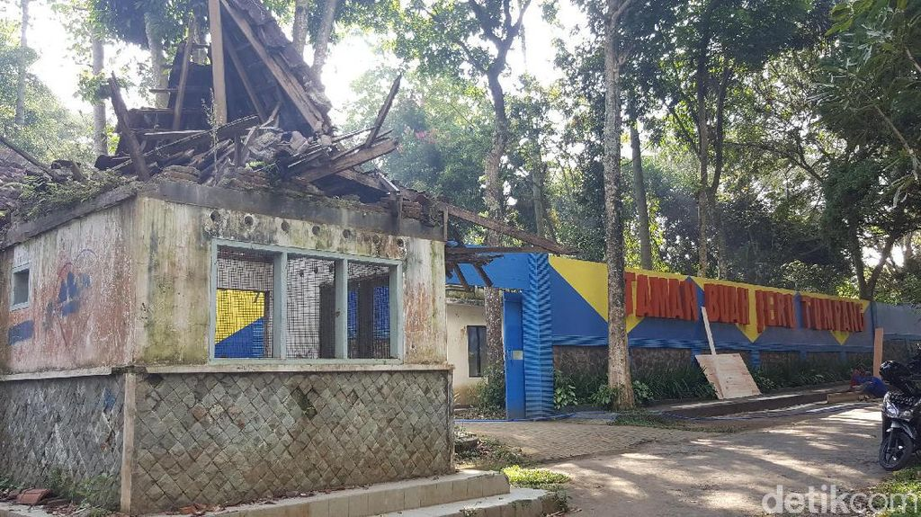 Ironis, Taman Buah dan Burung Jeru di Malang Mangkrak