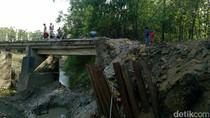 Jembatan Penghubung Antar Kecamatan di Lamongan Putus