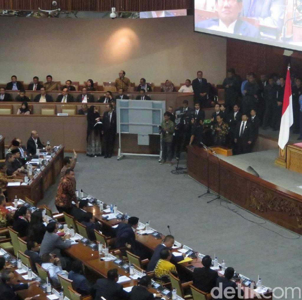 DPR Gelar Voting Penentuan Waktu Voting RUU Pemilu